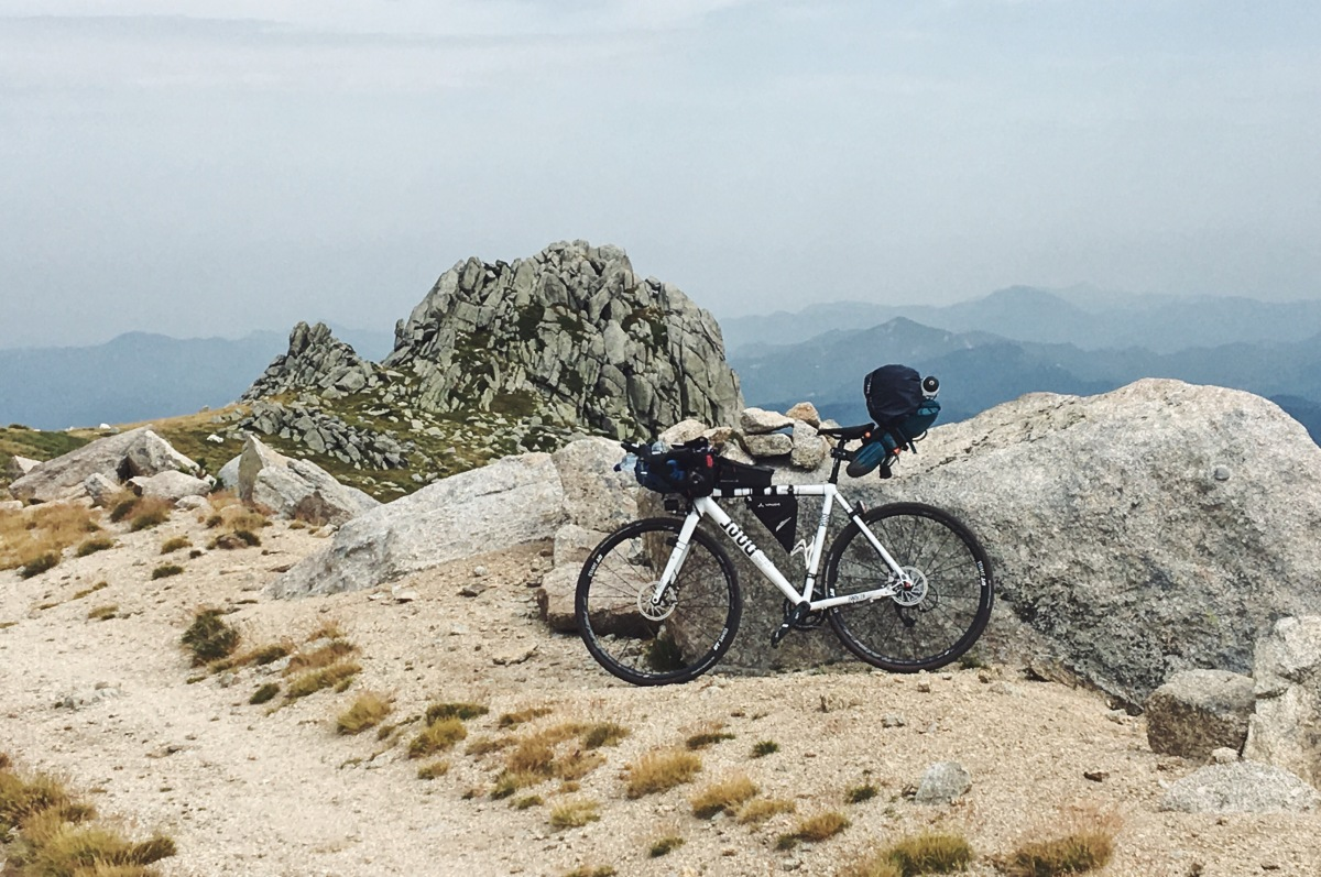 08 Walking over the Pyrenees and cycling down into Spain (110km, 2671m) – reality checks