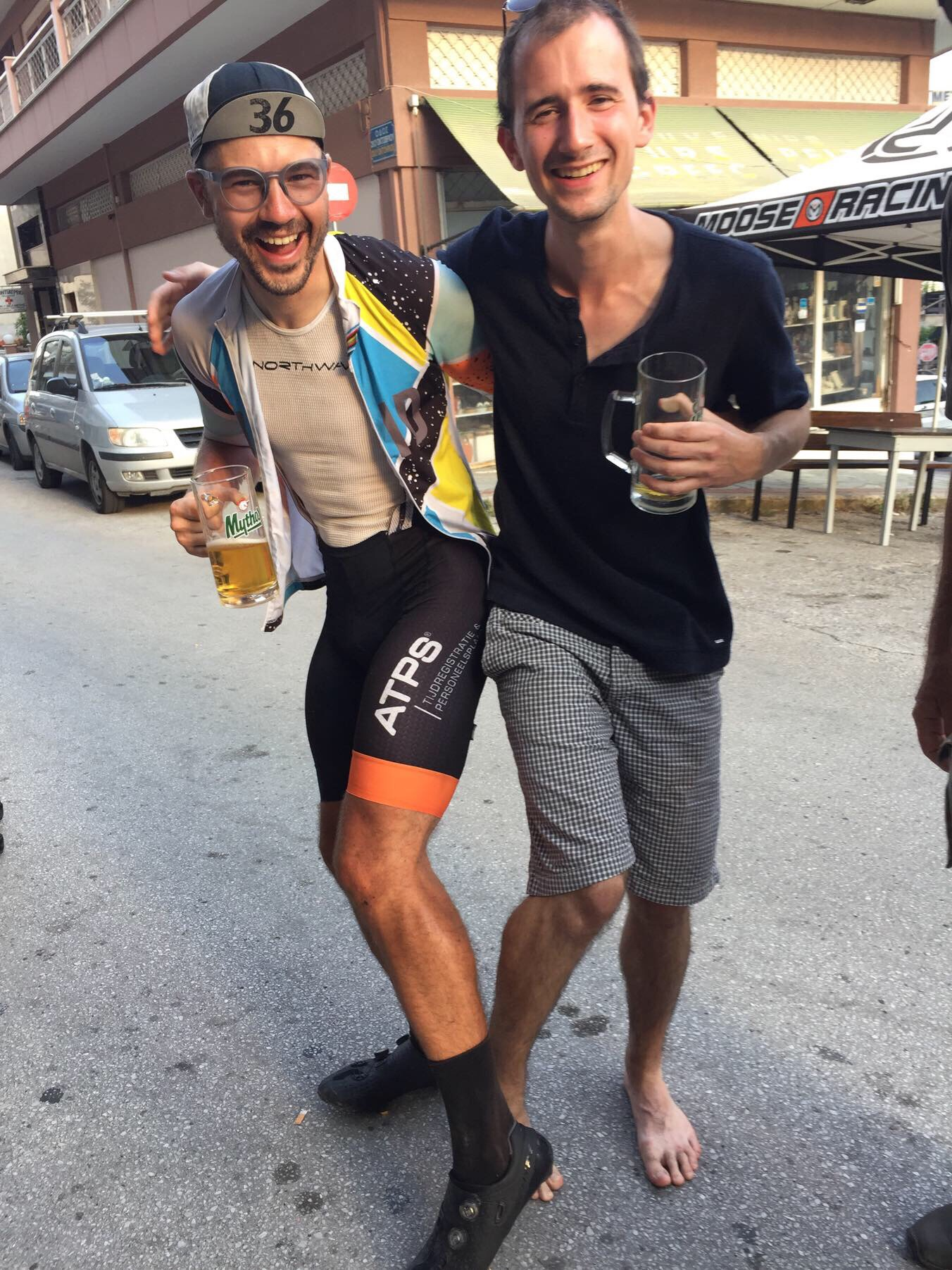 Leg comparison (and showing of the ATPS logo on my bib shorts)